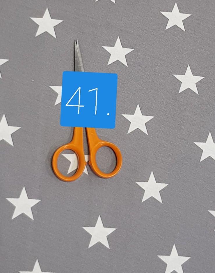 41 szürke csillag