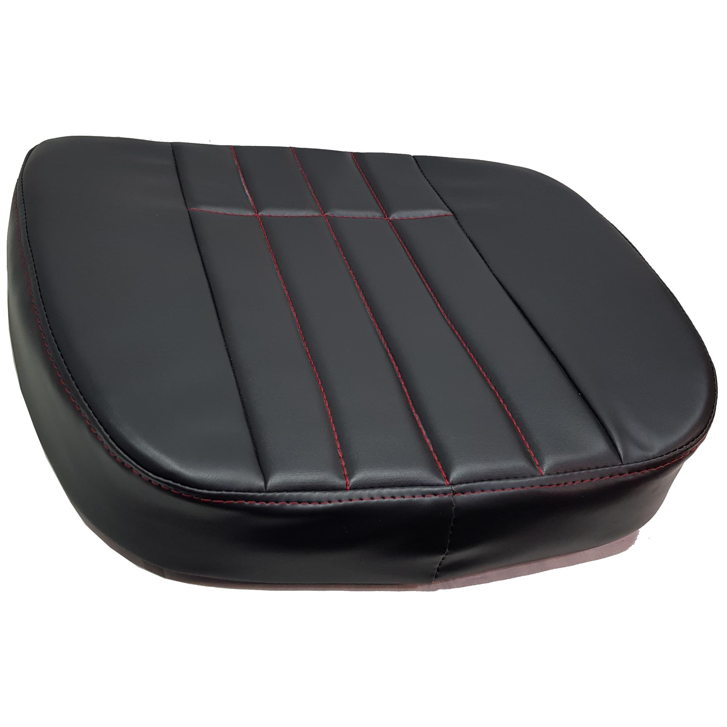 E Mtz 80 ülés fekete műbőr piros tűzés