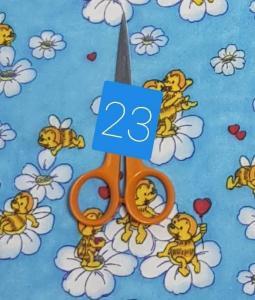 kék méhecskés